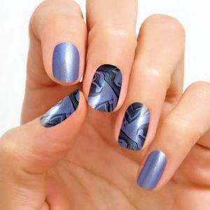 Color Street Northern Wonder Nail Strip